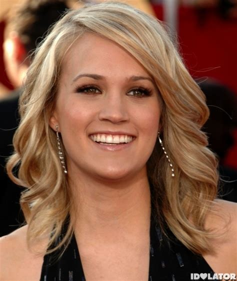 The Morning Mix: Carrie Underwood Follows In Britney