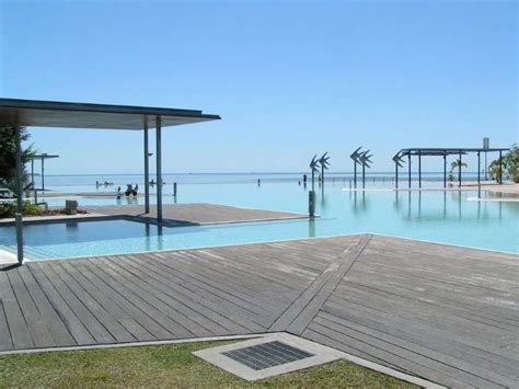 Cairns Beach House in Cairns - Prices 2020 (Compare Prices