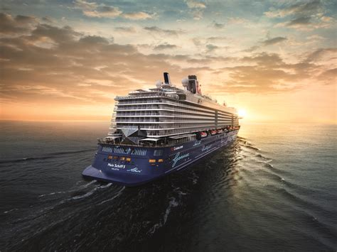 20 Do's and Don'ts on a Mein Schiff Cruise – Reto's Little