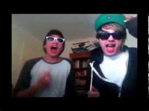 5SOS Funny Moments Part 2 - YouTube